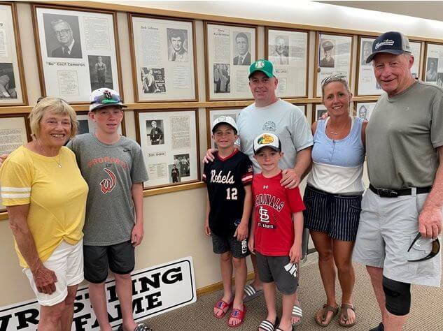 Illinois Families Visit IWHOF News Photo